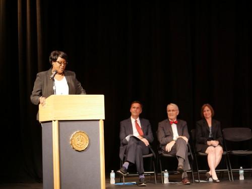 Dr. Tonjua Williams speaks at Presidential scholarship ceremony